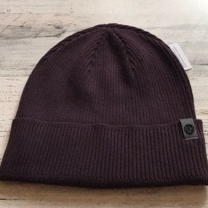 LAST ONE!! LULULEMON ALL FOR IT BEANIE TOQUE HAT